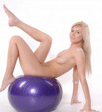 x-art_reese_nude_sport-15-sml