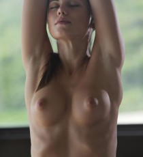 x-art_caprice_sexy_yoga_cutie-8-sml